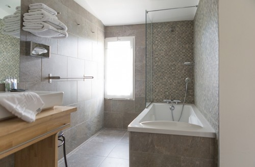 Grand Cru rooms from 100€/night (4)