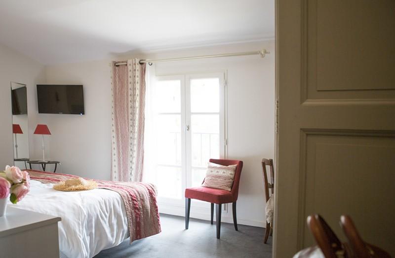 chambre-double-207-lit-king-size-domaine-de-cabasse - Domaine de Cabasse