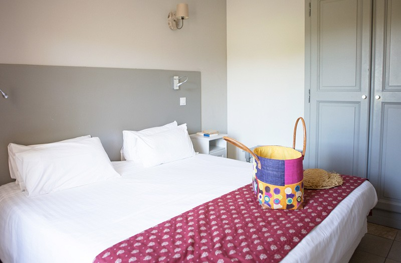 chambre-double-107-avec-lit-king-size - Domaine de Cabasse