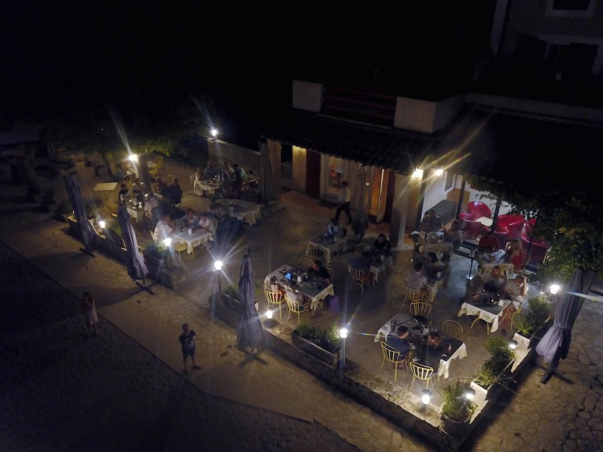 Vue aérienne du restaurant de nuit 15 août 2017