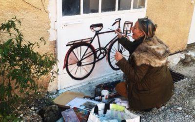 Fahrradfreunde, Beatrix schmückt Ihren Fahrradraum bei Domaine de Cabasse !