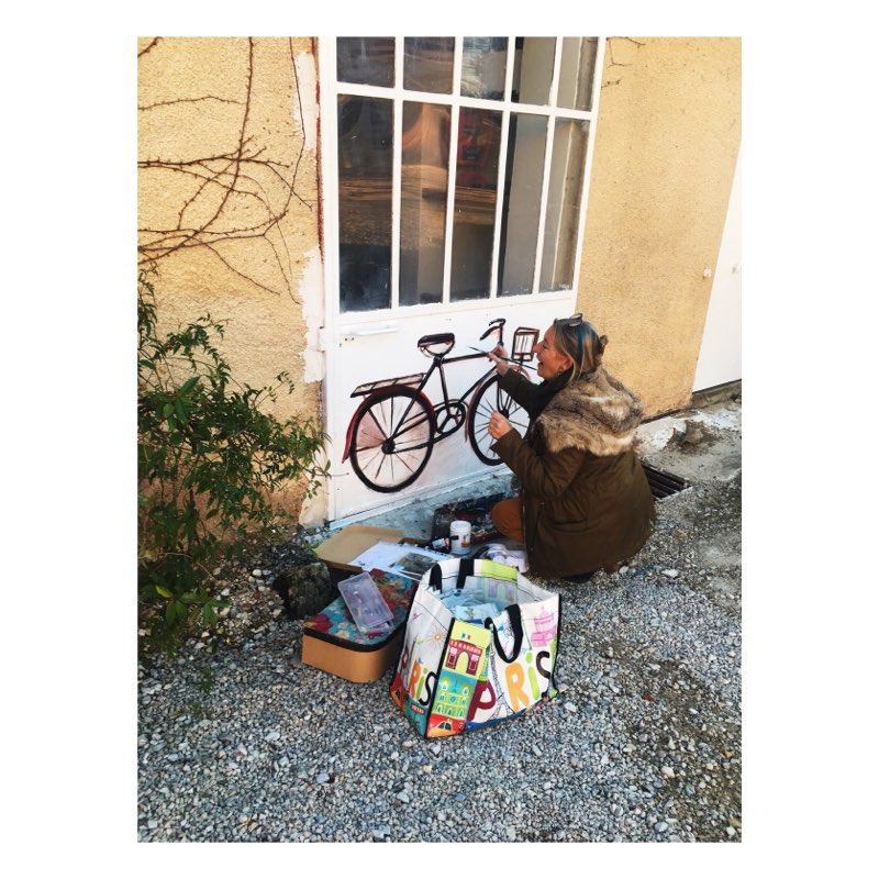 Cycling friends, Beatrix decorates your bike room at Domaine de Cabasse !