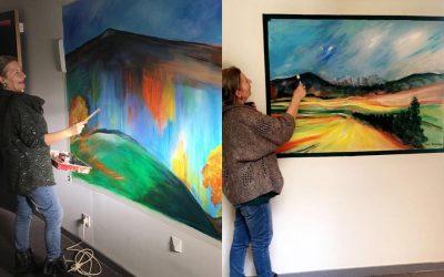 Bewundern Sie die Gemälde, die Beatrix im zweiten Stock der Domaine de Cabasse an den Wänden gemalt hat